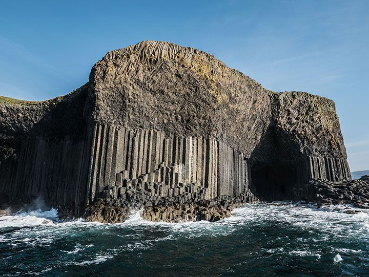 Fingals-Cave-on-the-Island-of-Staffa-compressor.jpg