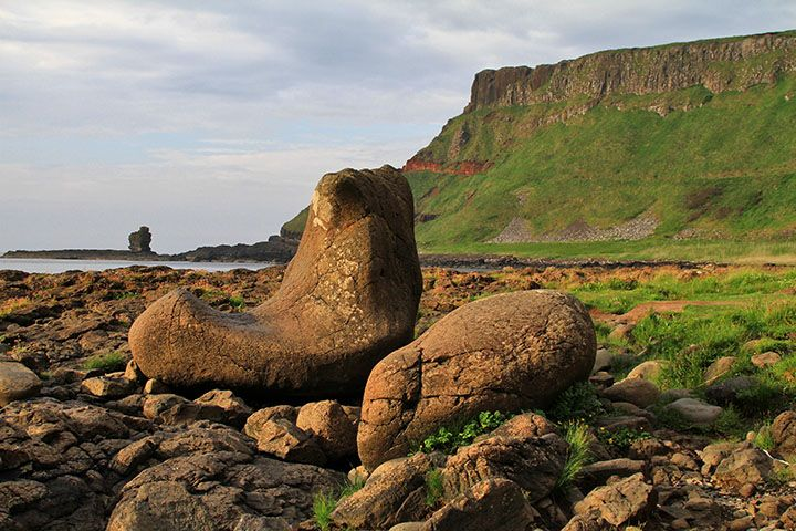 Giants-Causeway-Guide-Finn-McCools-Boot-AdobeStockRolf-Langohr-compressor.jpg